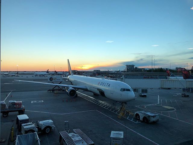 #sunset #jfk @delta