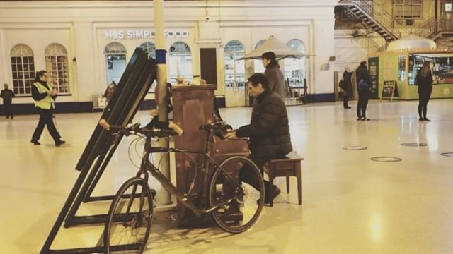 Brighton Station Piano Man. Very appreciated peaceful tunes in the evening.  #brighton #alittlenightmusic