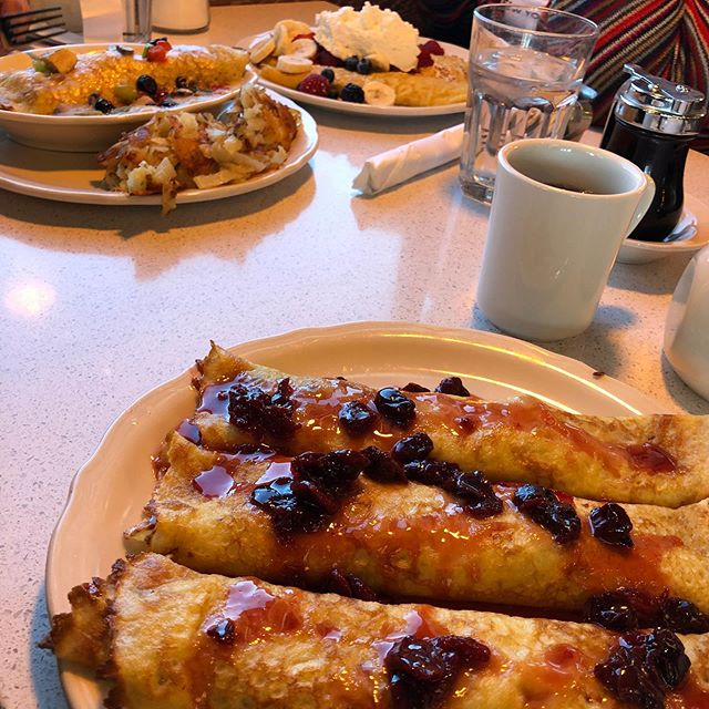 I miss the Original Pancake House….. But it's probably good that they aren't too close!