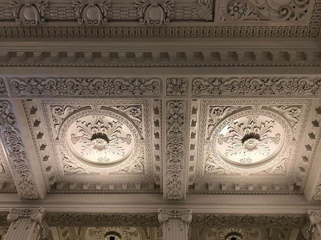 Airports just don't have the elegance of old train stations…